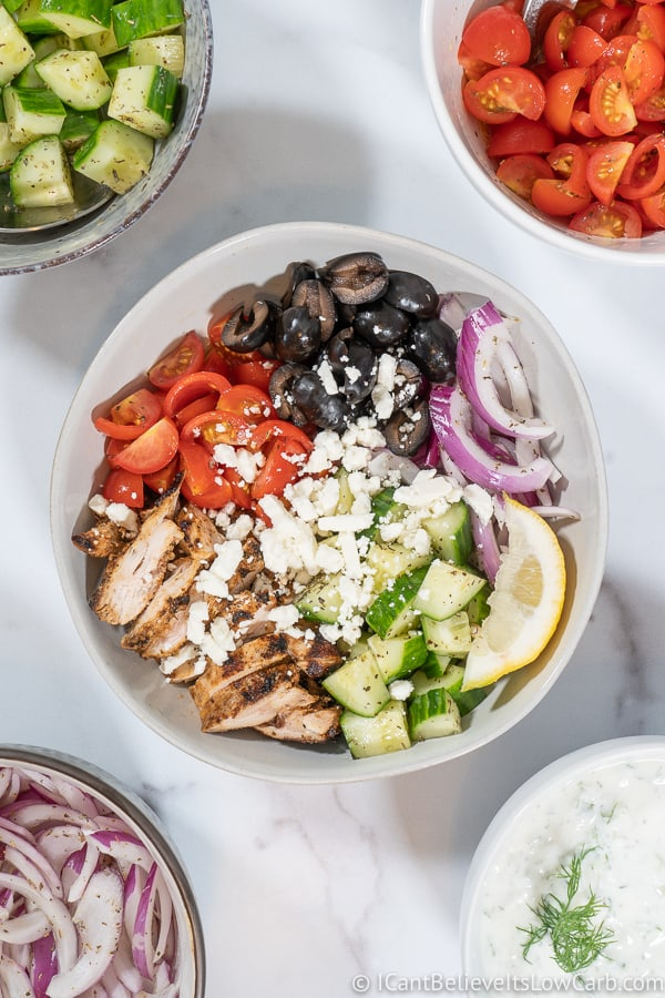 Easy Greek Chicken Bowl Recipe with veggies