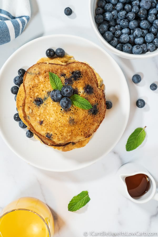 Amazingly Fluffy Keto Blueberry Pancakes Recipe