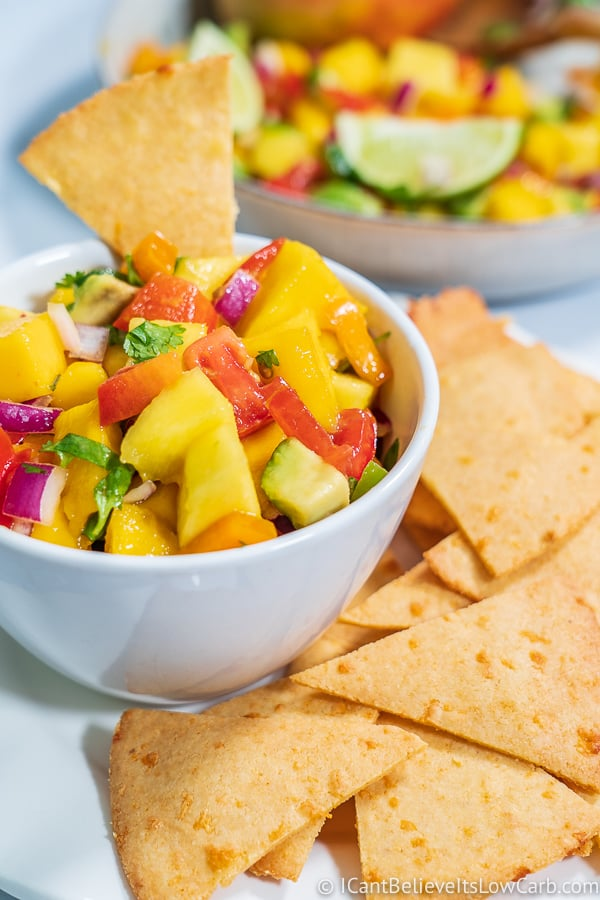 Low Carb Mango Salsa Recipe dipping