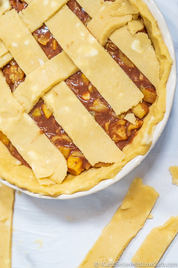 spreading lattice for Keto Apple Pie top crust