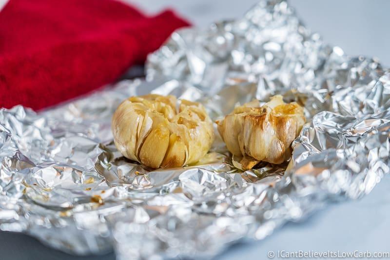roasted garlic in Cauliflower Mashed Potatoes