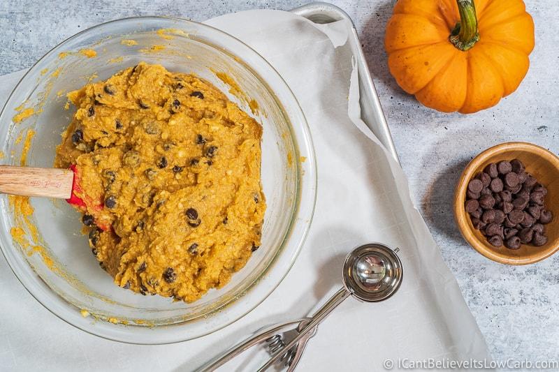 going to scoop Pumpkin Cookies on tray