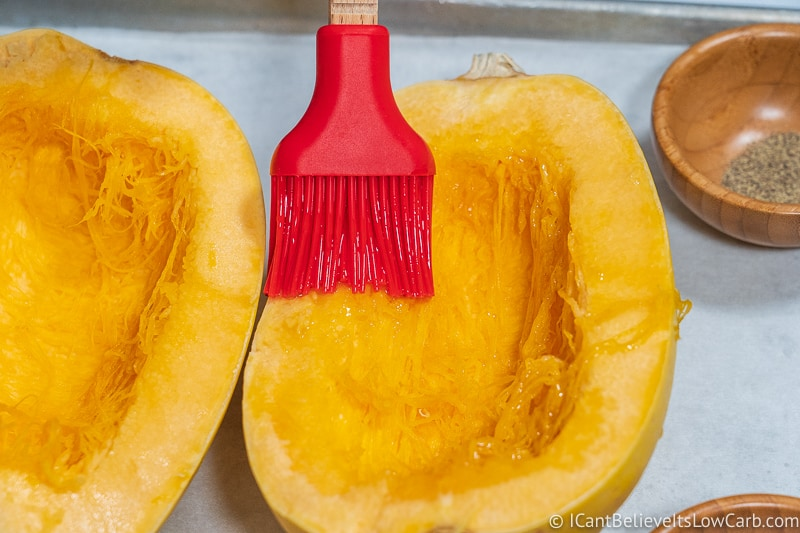 coating Spaghetti Squash with olive oil