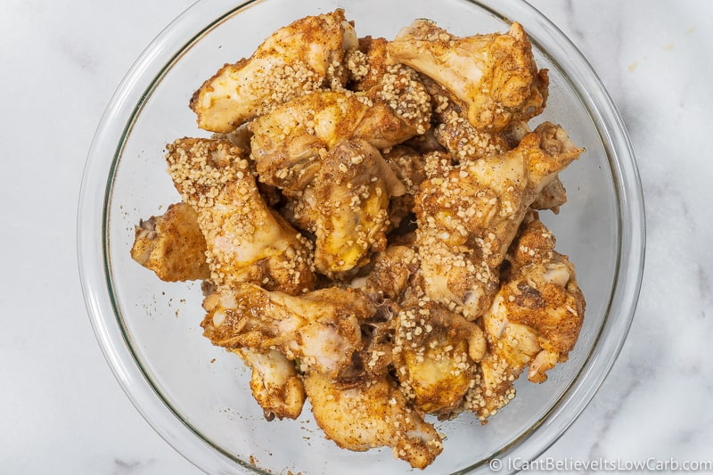 chicken wings covered in Garlic