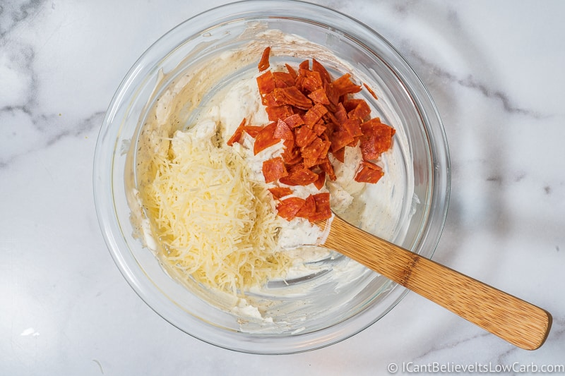 adding cheese and pepperoni to low carb Pizza Dip