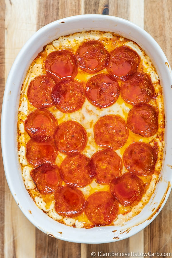 Low Carb Pepperoni Pizza Dip