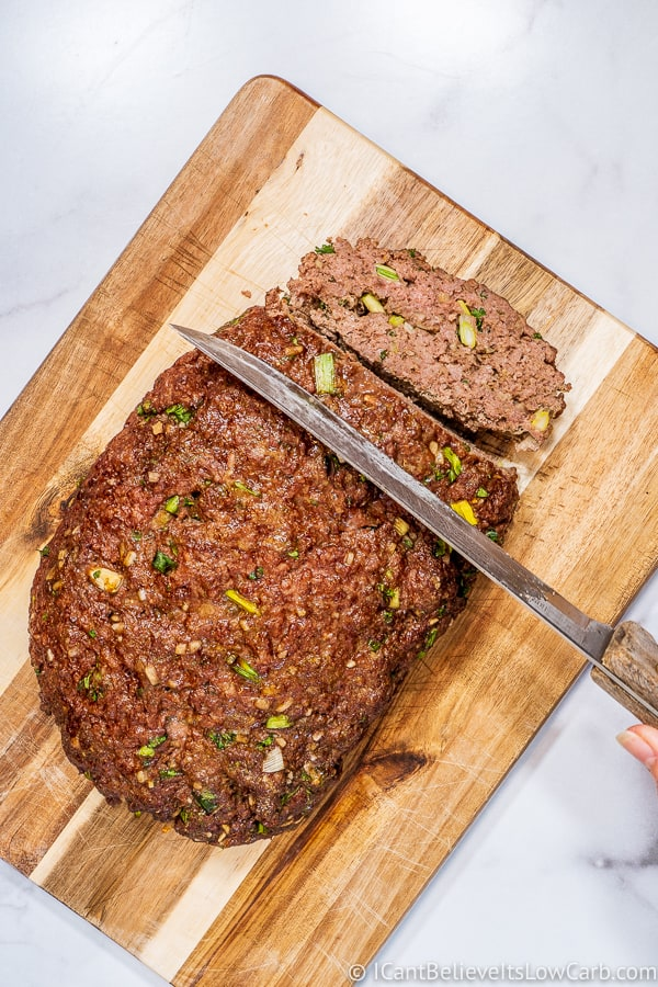 slicing Keto Meatloaf