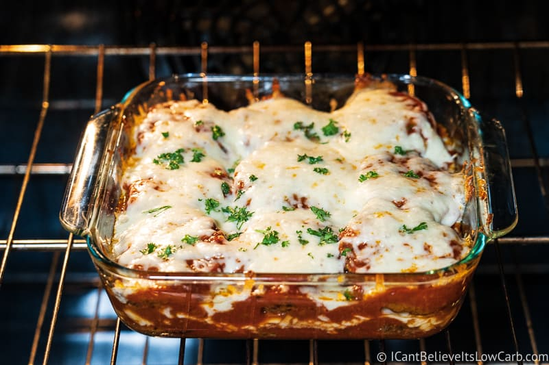 Baking low carb Eggplant Parmesan in oven