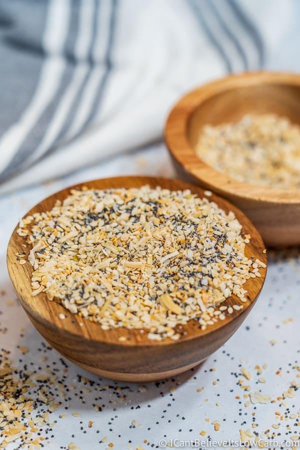 Everything Bagel Seasoning in a bowl