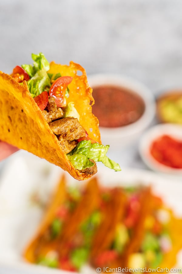 delicious and crispy low carb cheese taco