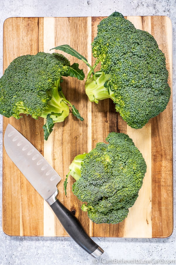 Broccoli on a cutting board