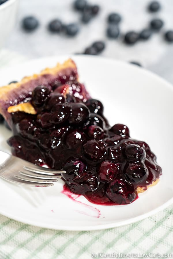 Keto Blueberry Pie recipe with fresh blueberries