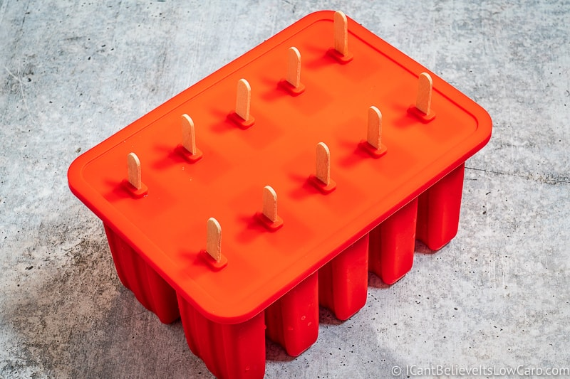 how to make Popsicles in a mold