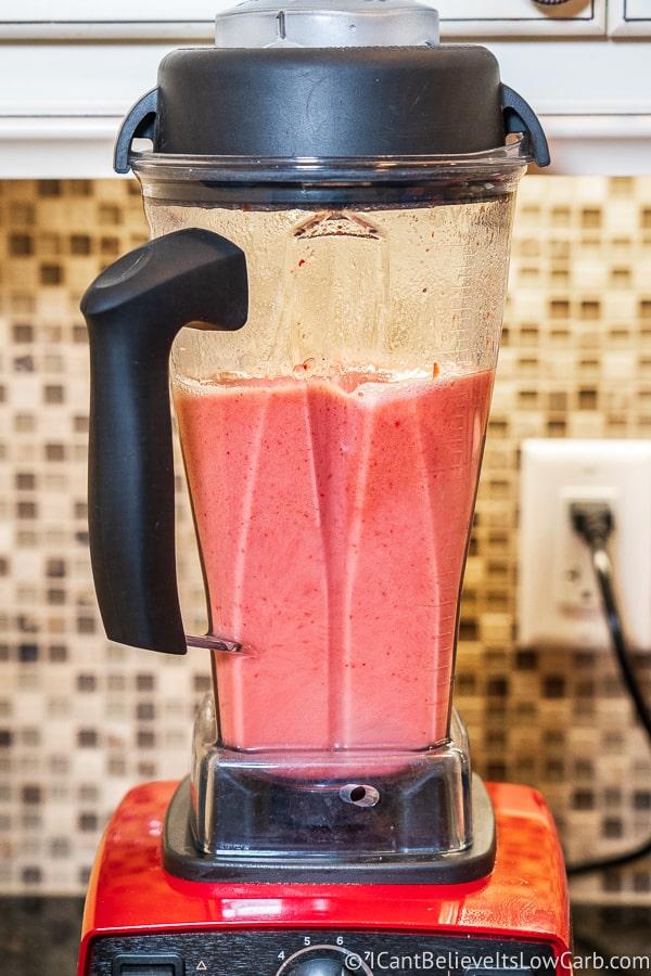Keto Popsicle mixture in blender