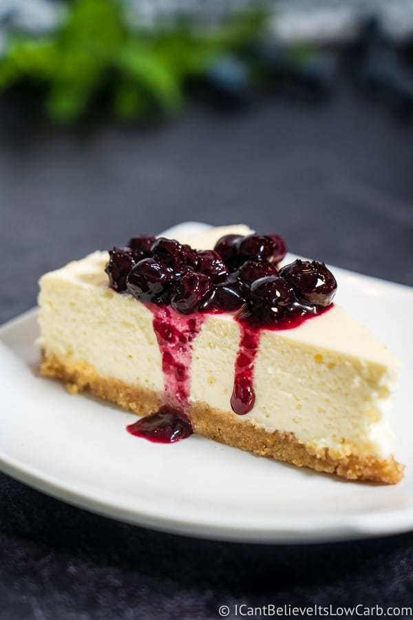 Keto Cheesecake with blueberry sauce