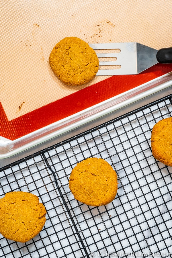 picking up Keto Pumpkin Cookies with a spatula