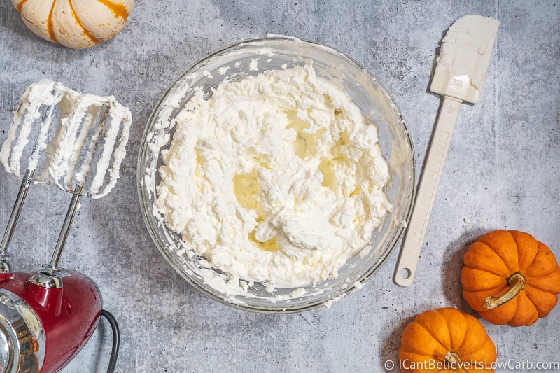 Whipping low carb Pumpkin Mousse