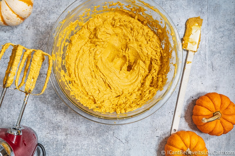 Whipping Keto Pumpkin Mousse with hand mixer