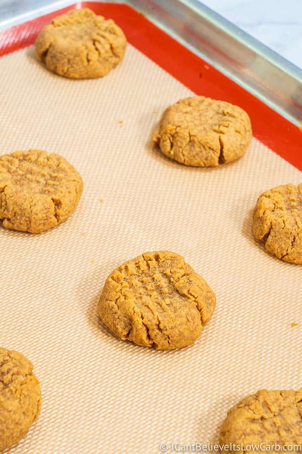 Keto Peanut Butter Cookies baked on a tray