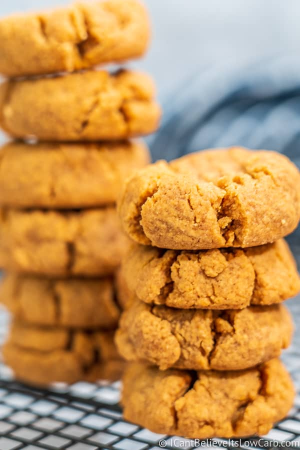 Keto-friendly Peanut Butter Cookies