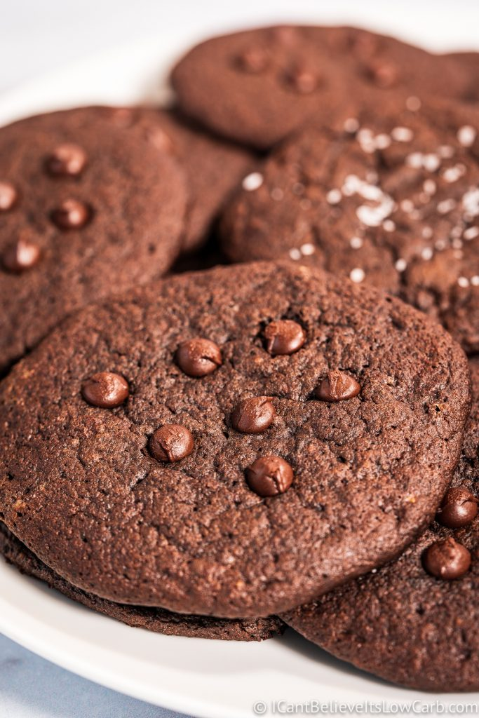 Fudgy Low Carb Chocolate Cookies Recipe