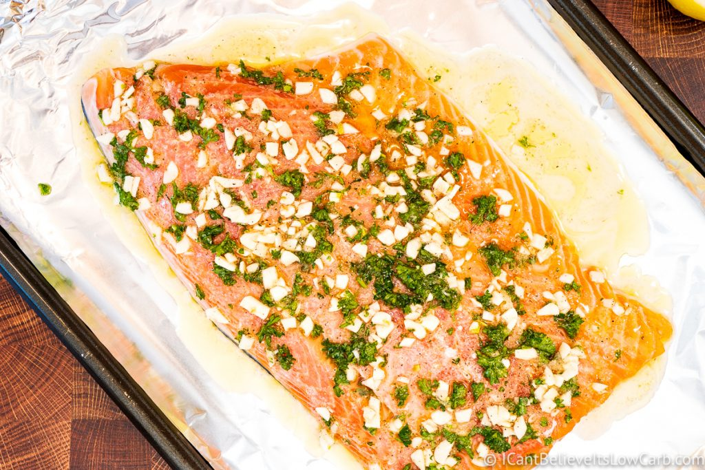Salmon with lemon oil sauce before putting in the oven