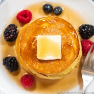 Keto Pancakes with maple syrup