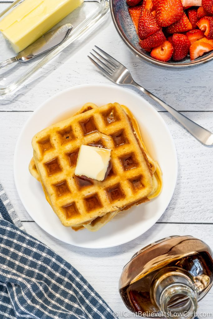 Ketogenic Waffles with maple syrup