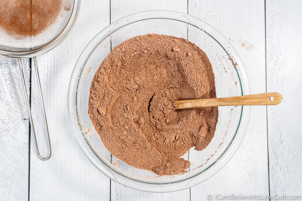 mixing all dry ingredients for keto chocolate cake