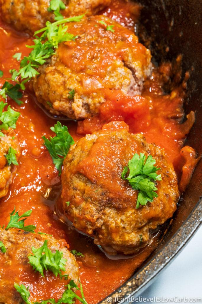 Keto Meatballs with tomato sauce