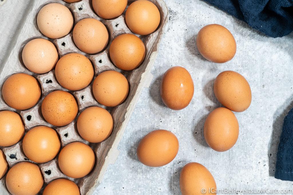 2 dozen eggs in a carton